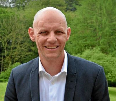Peter Hansen, administrerende direktør hos Hotel Amerika, har haft stor glæde af lederudvikling